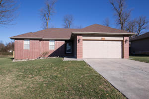 3721 West Cole Battlefield Mo 65619