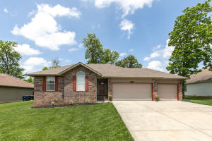 3711 West Cole Battlefield Mo 65619