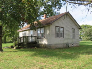 204 South Macon Jerico Springs Mo 64756