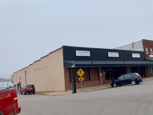 101 South Main Mountain Grove Mo 65711
