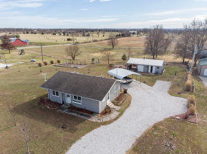 8194 East County Line Rogersville Mo 65742