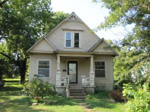 612 West Hawthorne Street Houston Mo 65483