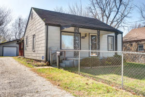 1948 West Lee Springfield Mo 65803