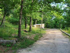 1010 Old Trail Rd Merriam Woods Mo 65740