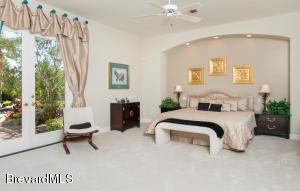 226 LANSING ISLAND DRIVE, INDIAN HARBOUR BEACH, FL 32937  Photo