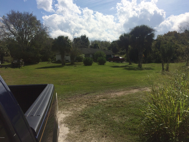 Additional photo for property listing at U S Hwy 1 U S Hwy 1 Oak Hill, Florida 32759 Förenta staterna