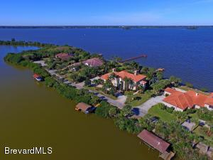 Single Family Home for Sale at 471 Spoonbill Melbourne Beach, Florida 32951 United States