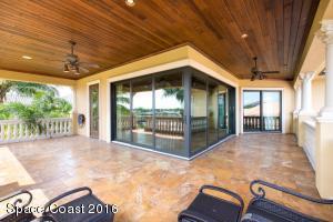 304 LANSING ISLAND DRIVE, SATELLITE BEACH, FL 32937  Photo