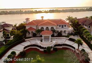 143 LANSING ISLAND DRIVE, INDIAN HARBOUR BEACH, FL 32937  Photo