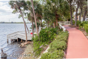225 S TROPICAL TRL 802, MERRITT ISLAND, FL 32952  Photo