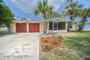 104 Leon, Cocoa Beach, FL 32931