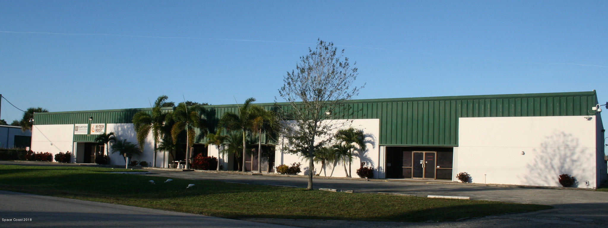 Commercial for Rent at 360 East 360 East Melbourne, Florida 32904 United States
