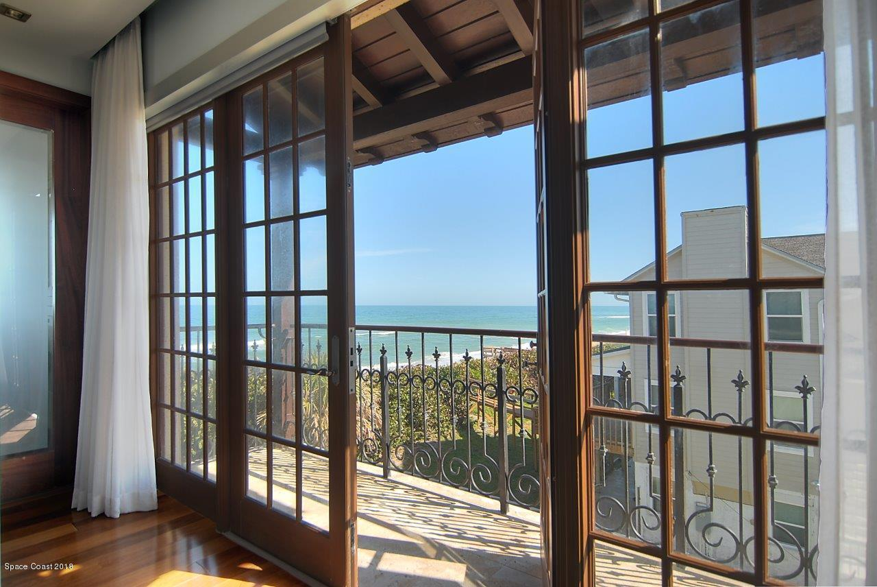 Additional photo for property listing at 7165 S Highway A1a Melbourne Beach, Florida 32951 United States
