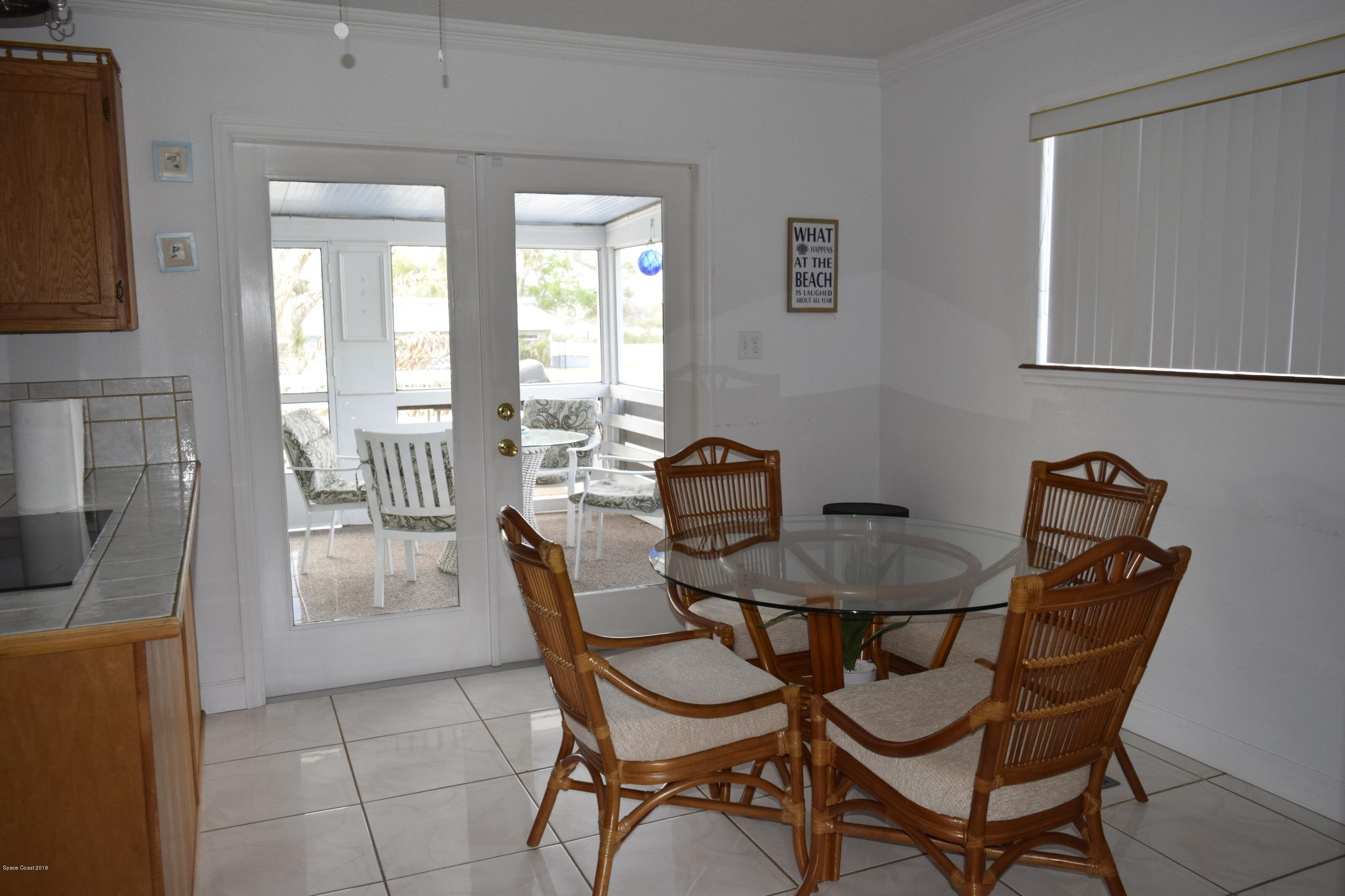 Additional photo for property listing at 191 Hazelwood River Road 191 Hazelwood River Road Edgewater, Florida 32141 États-Unis