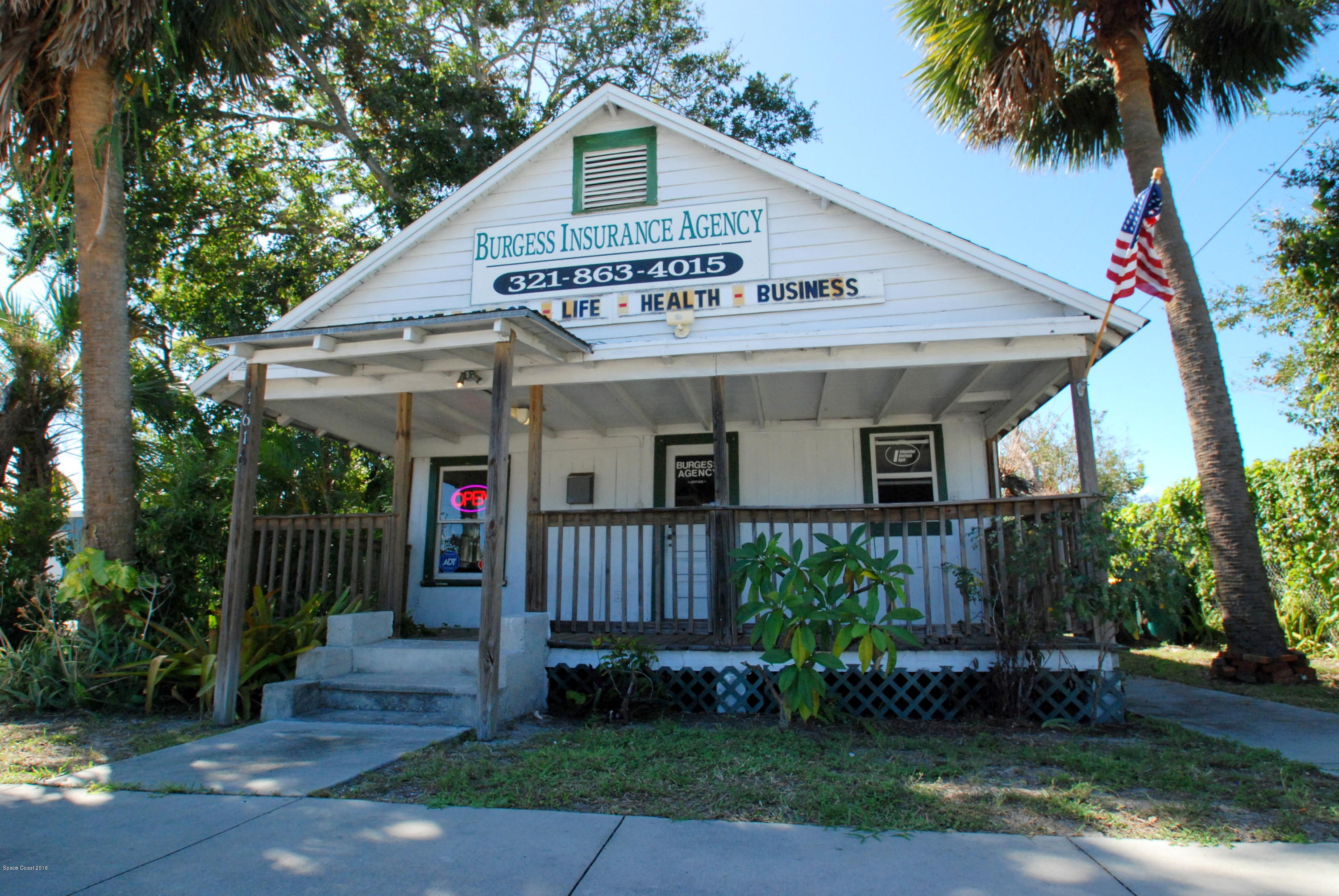 Commercial for Sale at 1616 Tangerine Street Melbourne, Florida 32901 United States