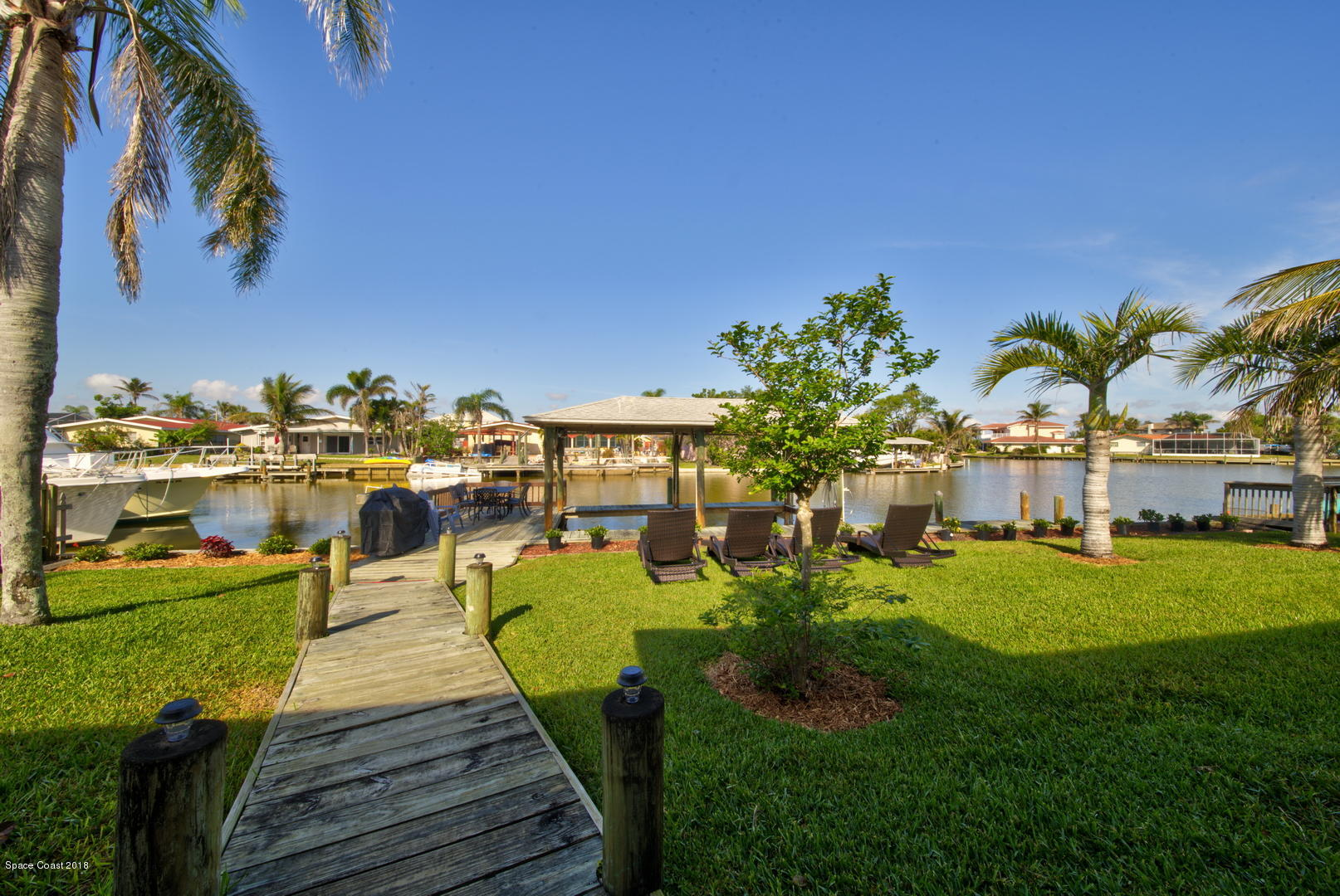 단독 가정 주택 용 임대 에 9 Yawl 9 Yawl Cocoa Beach, 플로리다 32931 미국