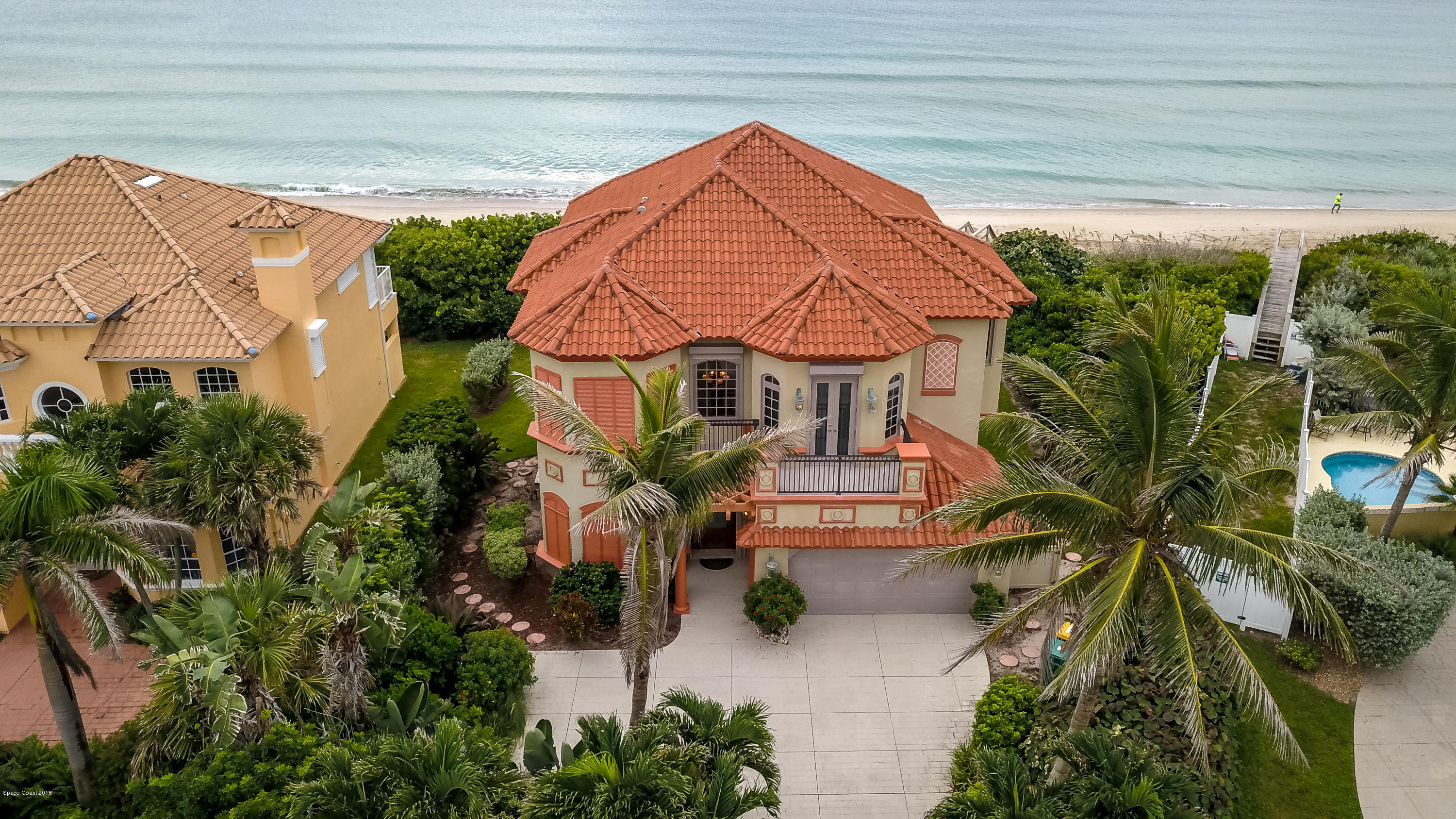 Single Family Home for Sale at 7665 S Highway A1a 7665 S Highway A1a Melbourne Beach, Florida 32951 United States