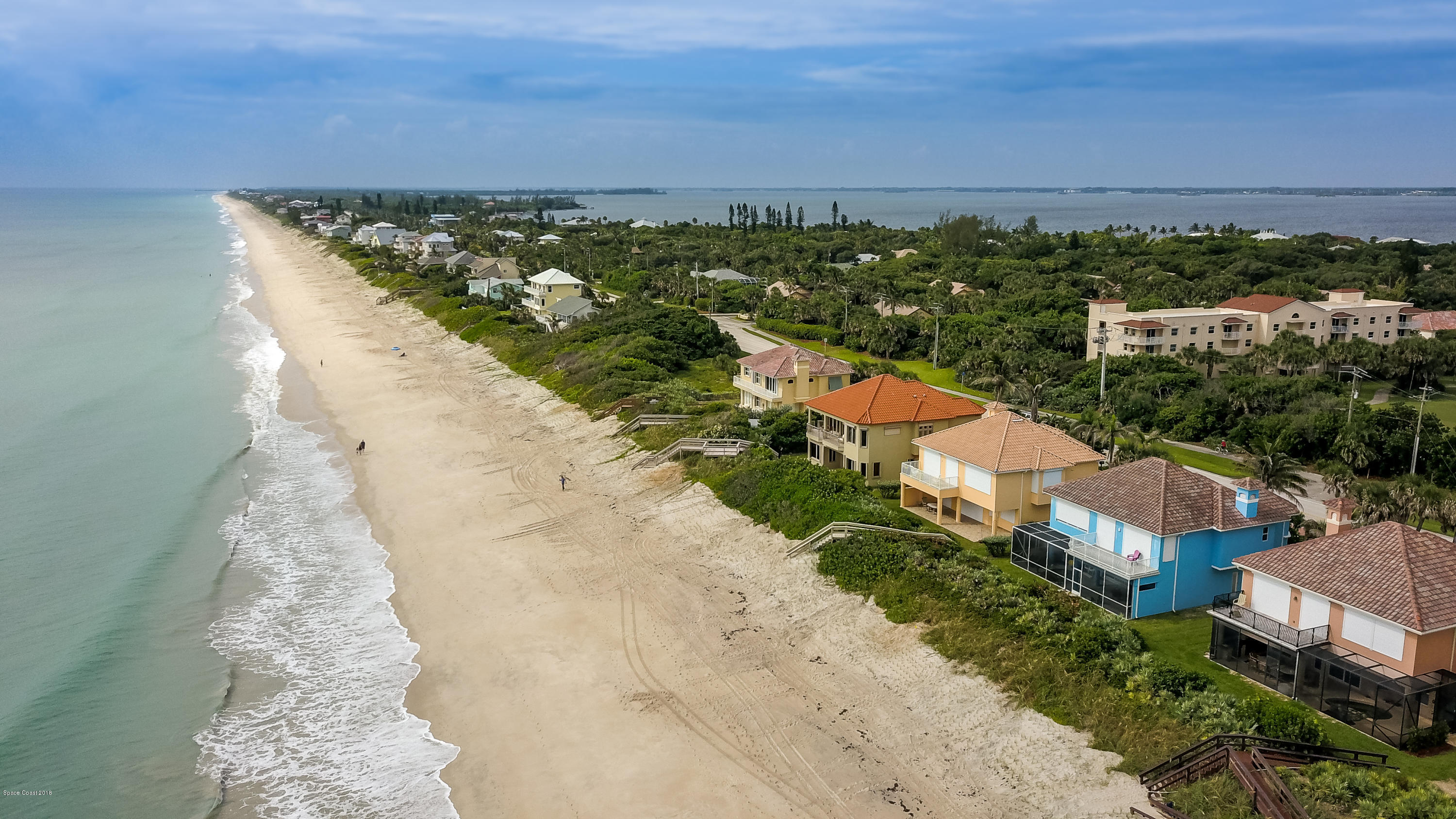 Additional photo for property listing at 7665 S Highway A1a 7665 S Highway A1a Melbourne Beach, Florida 32951 United States