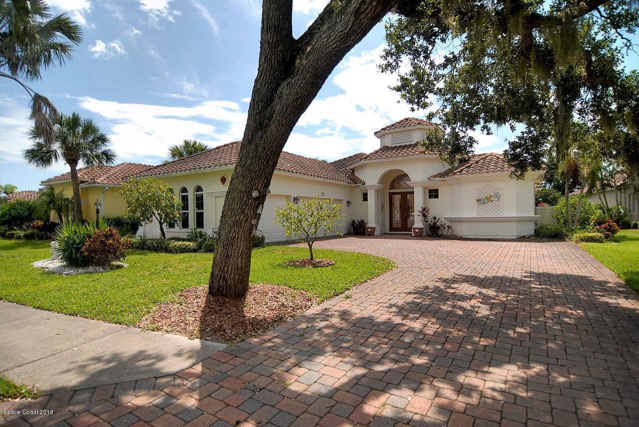 Single Family Home for Sale at 832 Aquarina 832 Aquarina Melbourne Beach, Florida 32951 United States
