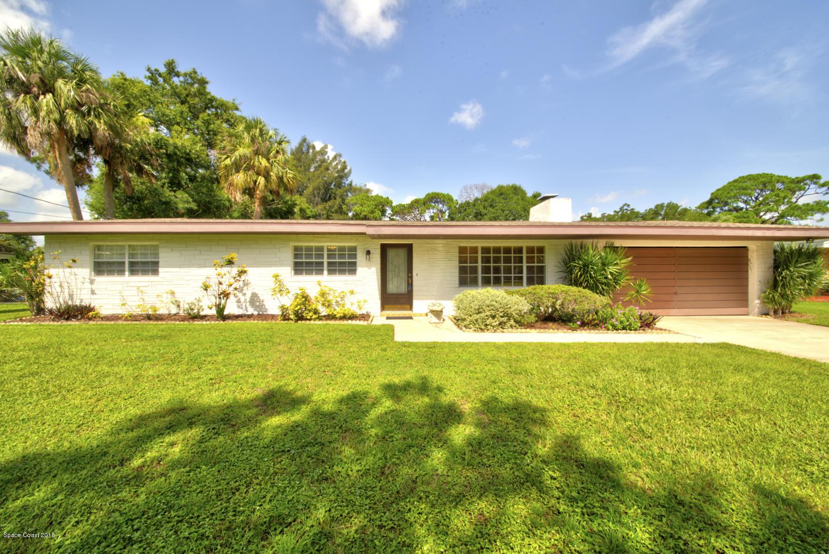 獨棟家庭住宅 為 出售 在 8338 Sylvan 8338 Sylvan West Melbourne, 佛羅里達州 32904 美國