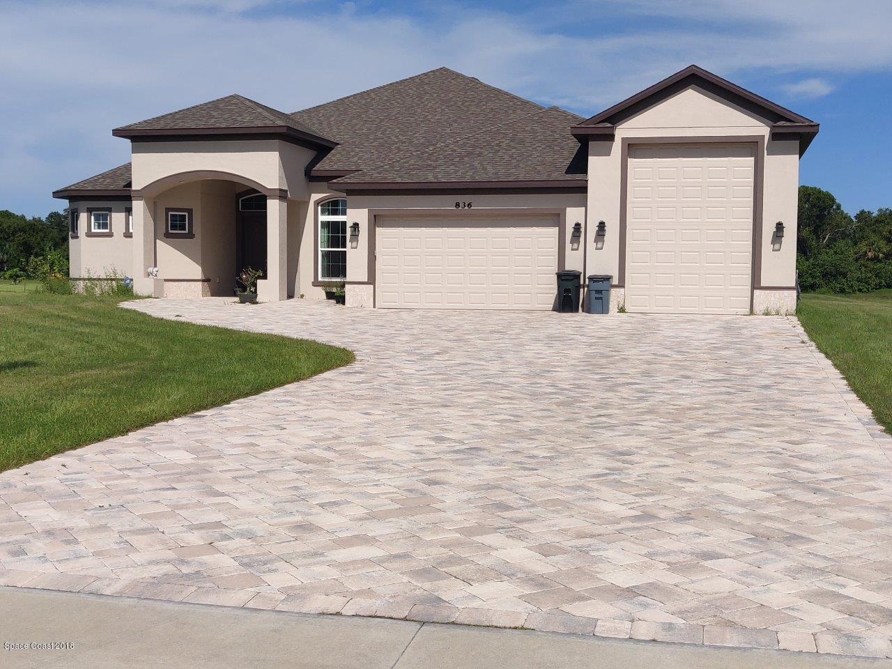 Casa para uma família para Venda às 836 Whimsical 836 Whimsical Malabar, Florida 32950 Estados Unidos