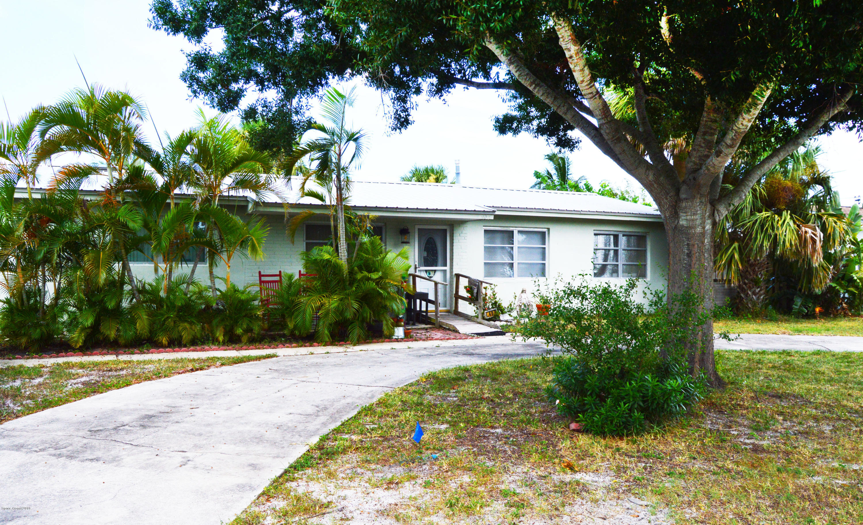 Single Family Home for Sale at 407 Atlantis 407 Atlantis Satellite Beach, Florida 32937 United States