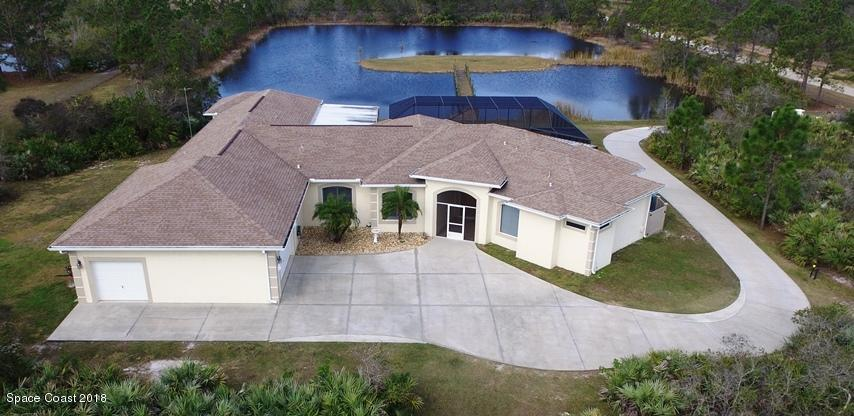Casa Unifamiliar por un Venta en 195 Terkam 195 Terkam Grant Valkaria, Florida 32909 Estados Unidos