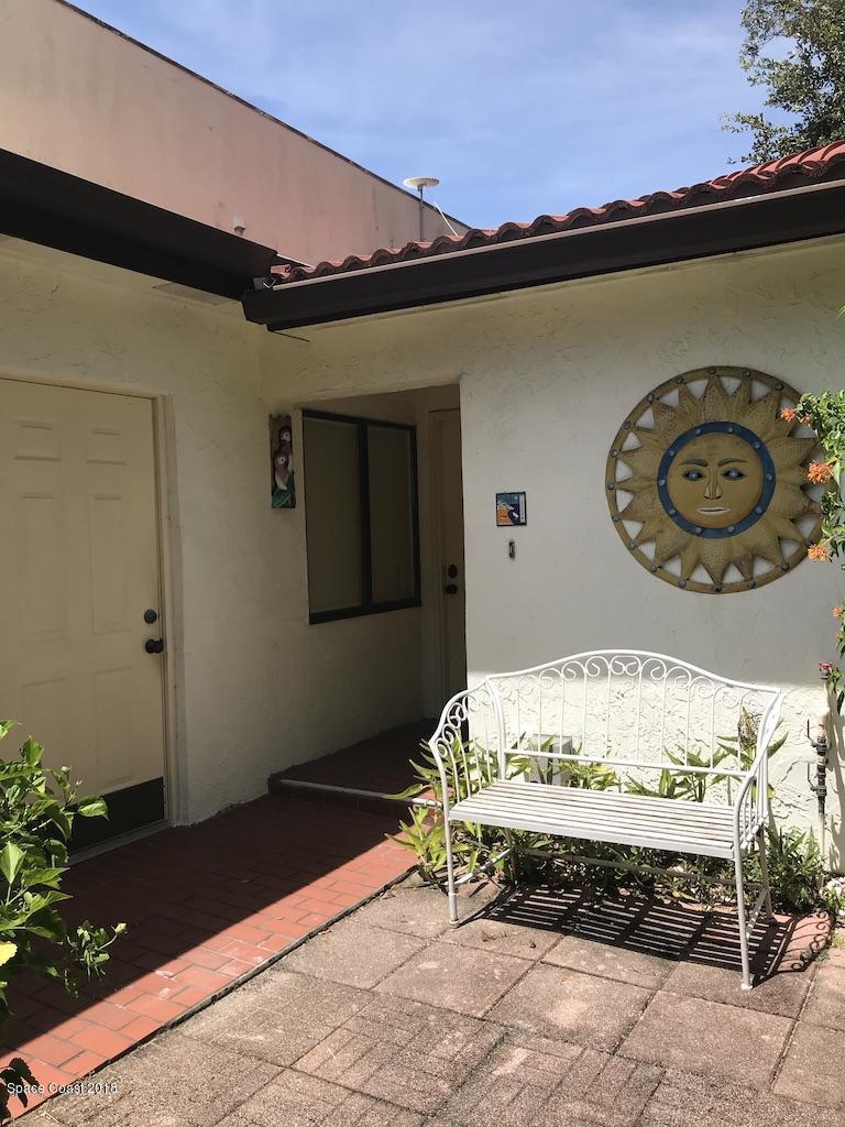 Nhà ở một gia đình vì Thuê tại 8758 Cocoa 8758 Cocoa Cape Canaveral, Florida 32920 Hoa Kỳ