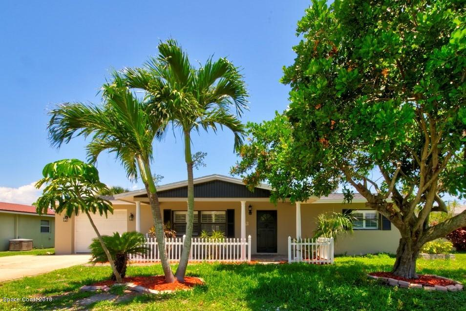 Tek Ailelik Ev için Kiralama at 278 Pine Tree 278 Pine Tree Indialantic, Florida 32903 Amerika Birleşik Devletleri