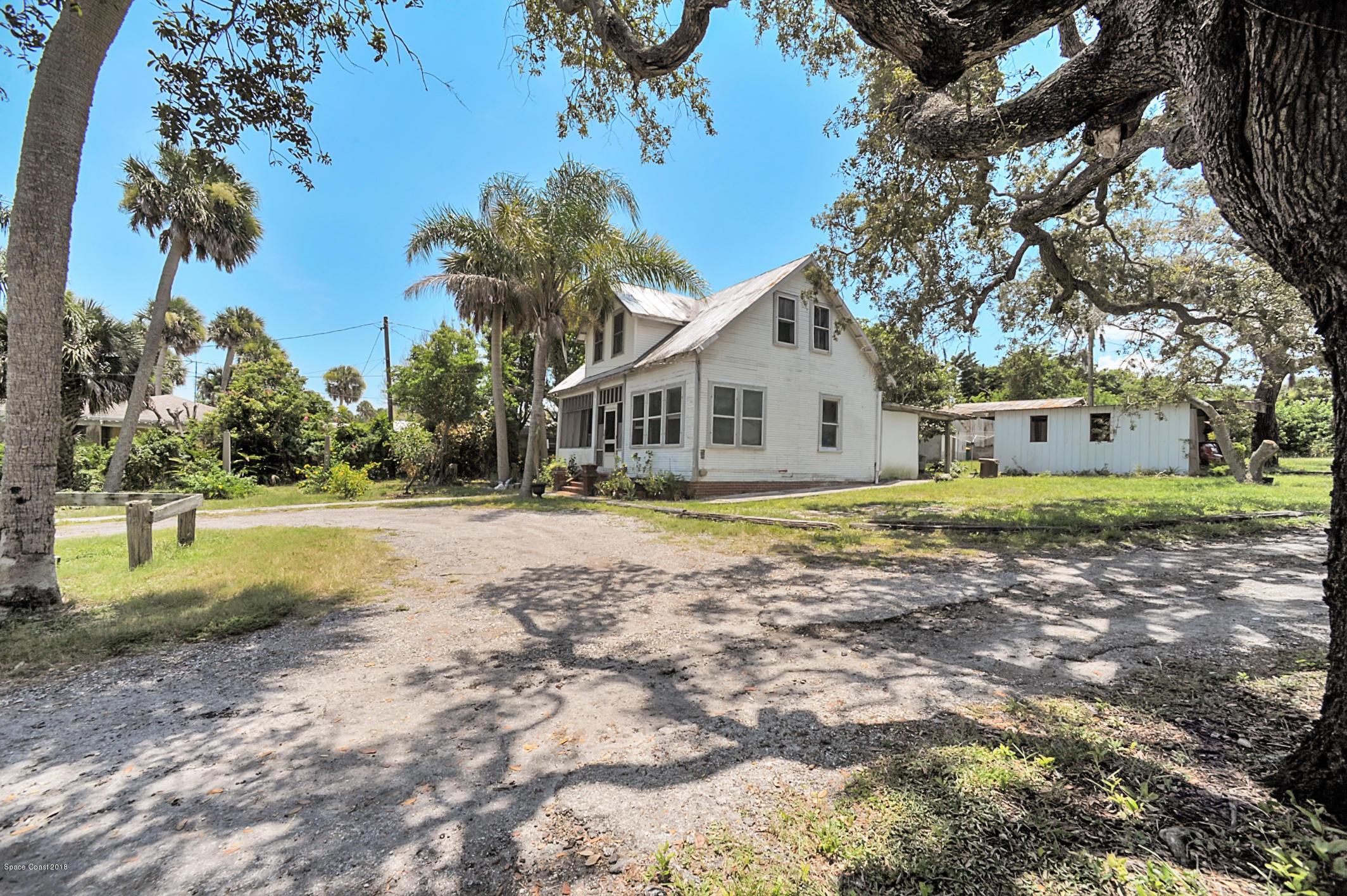 Apartamentos multi-familiares para Venda às 1250 S Highway 1 1250 S Highway 1 Malabar, Florida 32950 Estados Unidos
