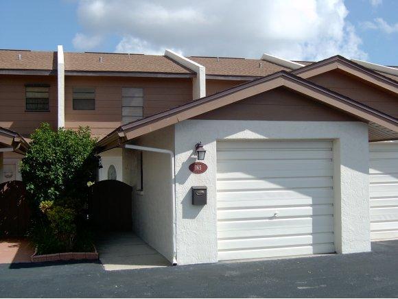 独户住宅 为 出租 在 165 Kristi 165 Kristi Indian Harbour Beach, 佛罗里达州 32937 美国