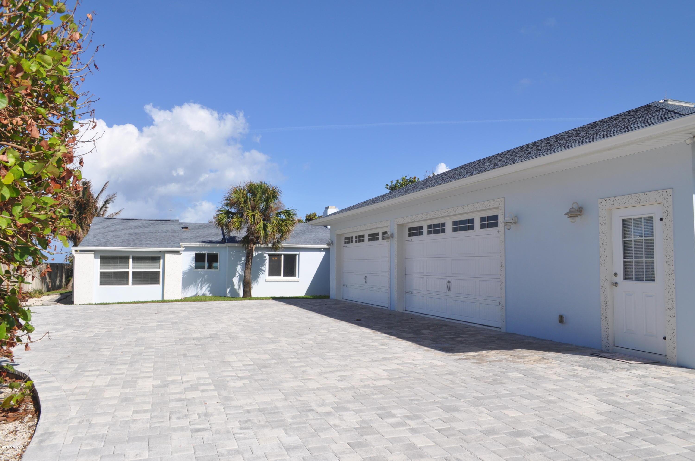 Tek Ailelik Ev için Kiralama at 2105 N Highway A1a 2105 N Highway A1a Indialantic, Florida 32903 Amerika Birleşik Devletleri
