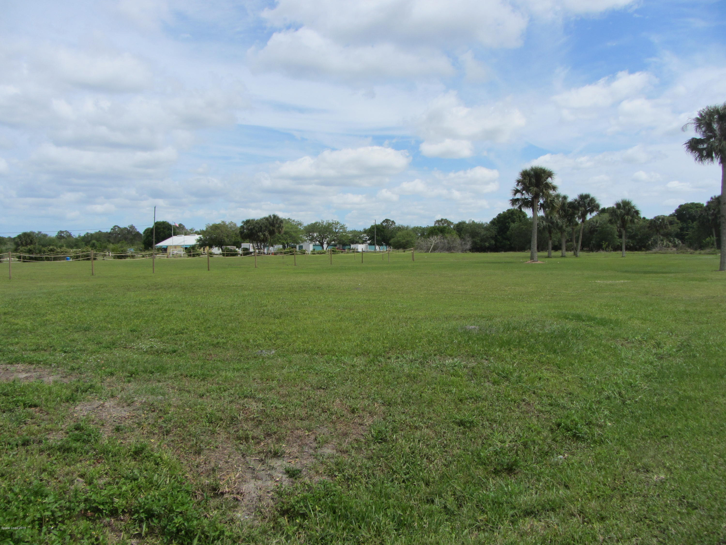 Land for Sale at 12425 County Rd. 512 12425 County Rd. 512 Fellsmere, Florida 32948 United States