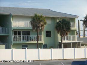 独户住宅 为 出租 在 1891 Florida A1A 1891 Florida A1A Indian Harbour Beach, 佛罗里达州 32937 美国