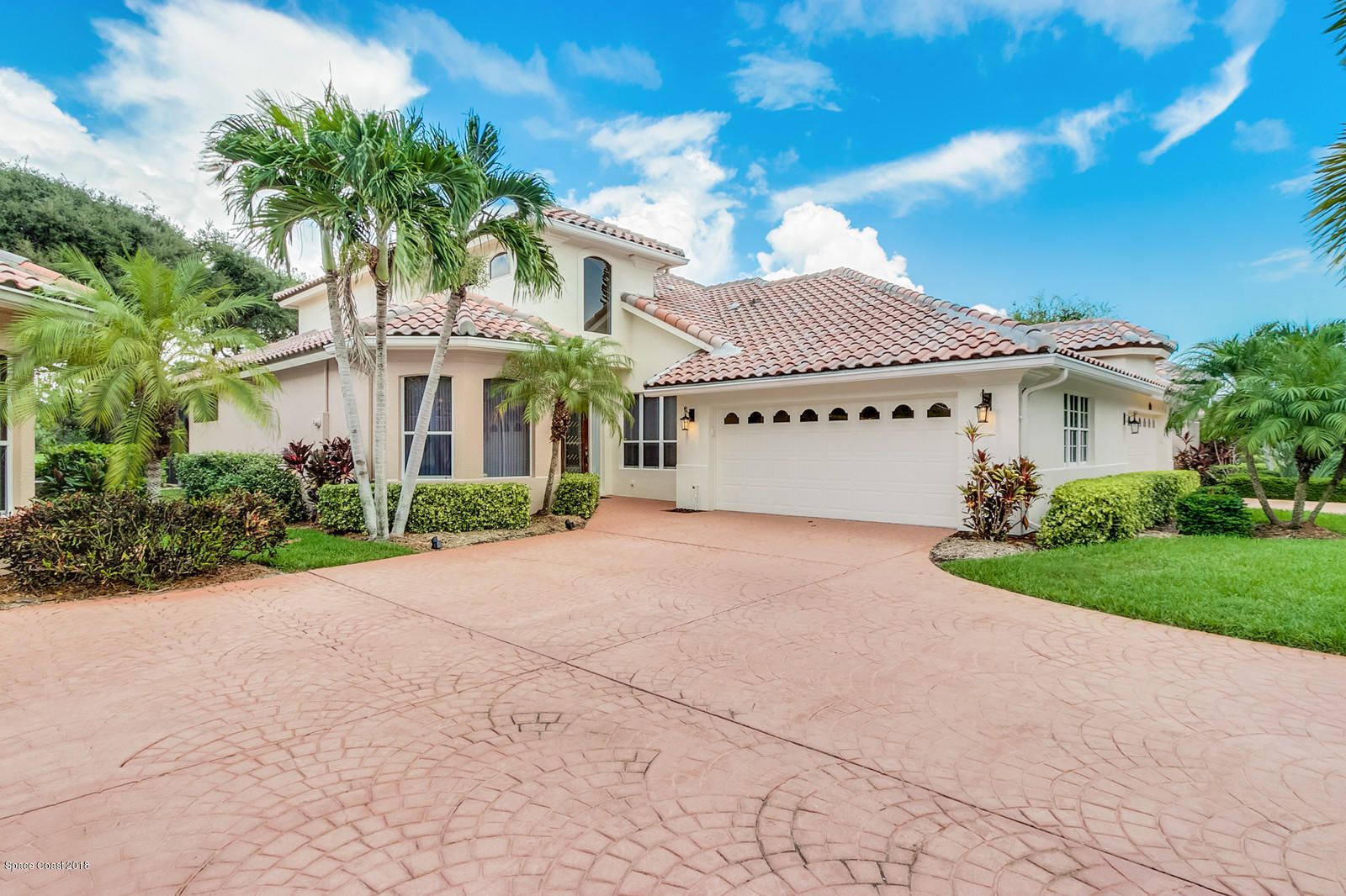 Single Family Home for Sale at 142 Whaler 142 Whaler Melbourne Beach, Florida 32951 United States