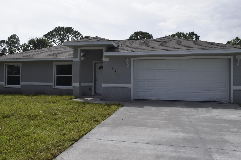 Maison unifamiliale pour l Vente à 1850 35th 1850 35th Edgewater, Florida 32141 États-Unis