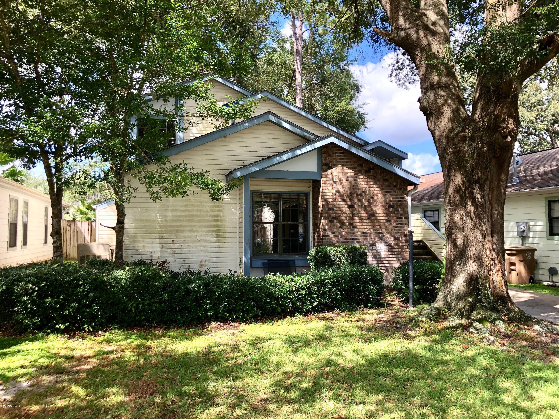 Enfamiljshus för Försäljning vid 2202 NE 39th 2202 NE 39th Ocala, Florida 34470 Usa