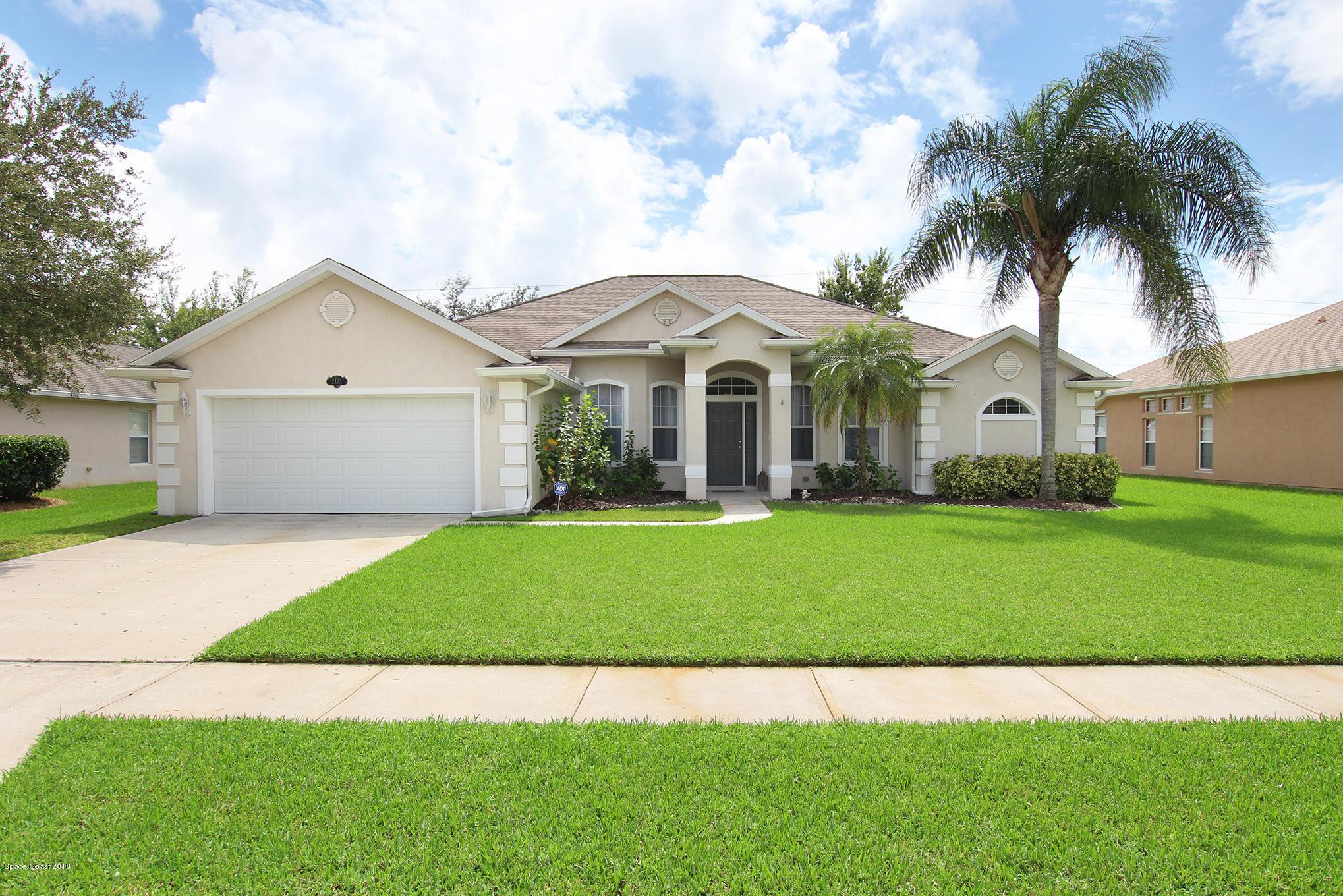 獨棟家庭住宅 為 出售 在 2435 Tuscarora 2435 Tuscarora West Melbourne, 佛羅里達州 32904 美國