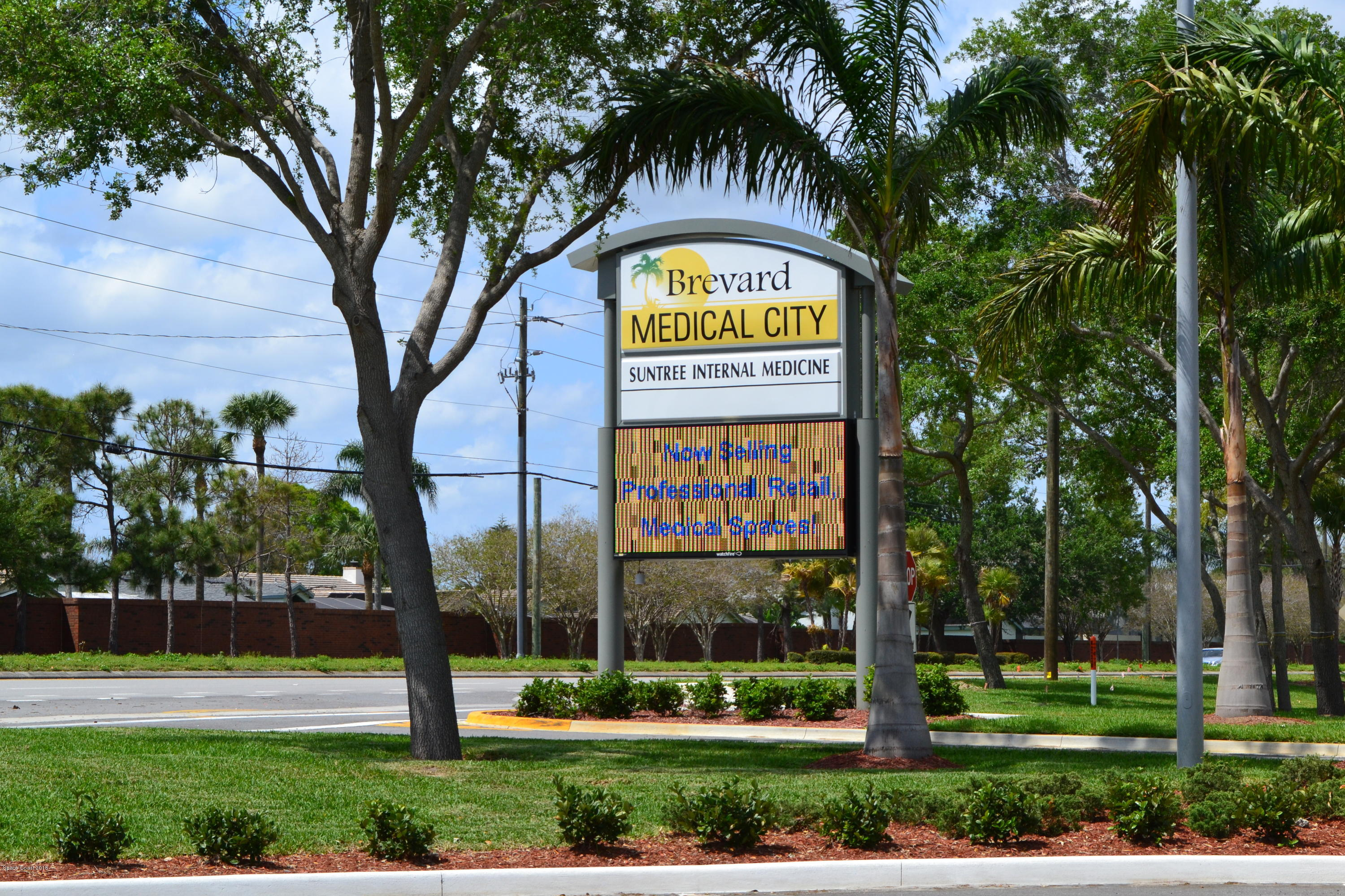 Commercial for Sale at 6545 N Wickham Road 6545 N Wickham Road Melbourne, Florida 32940 United States