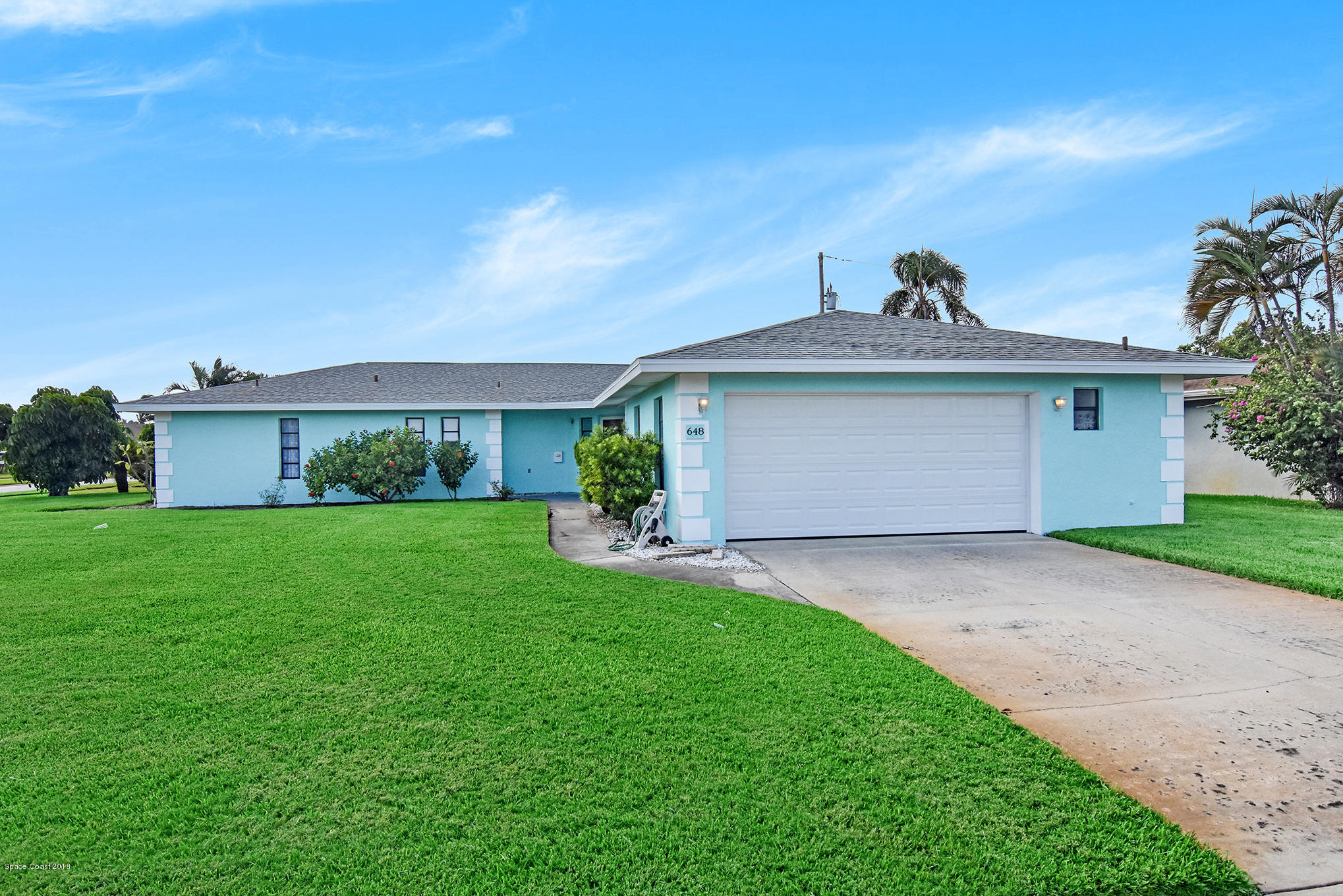 Single Family Home for Sale at 648 Hibiscus 648 Hibiscus Satellite Beach, Florida 32937 United States