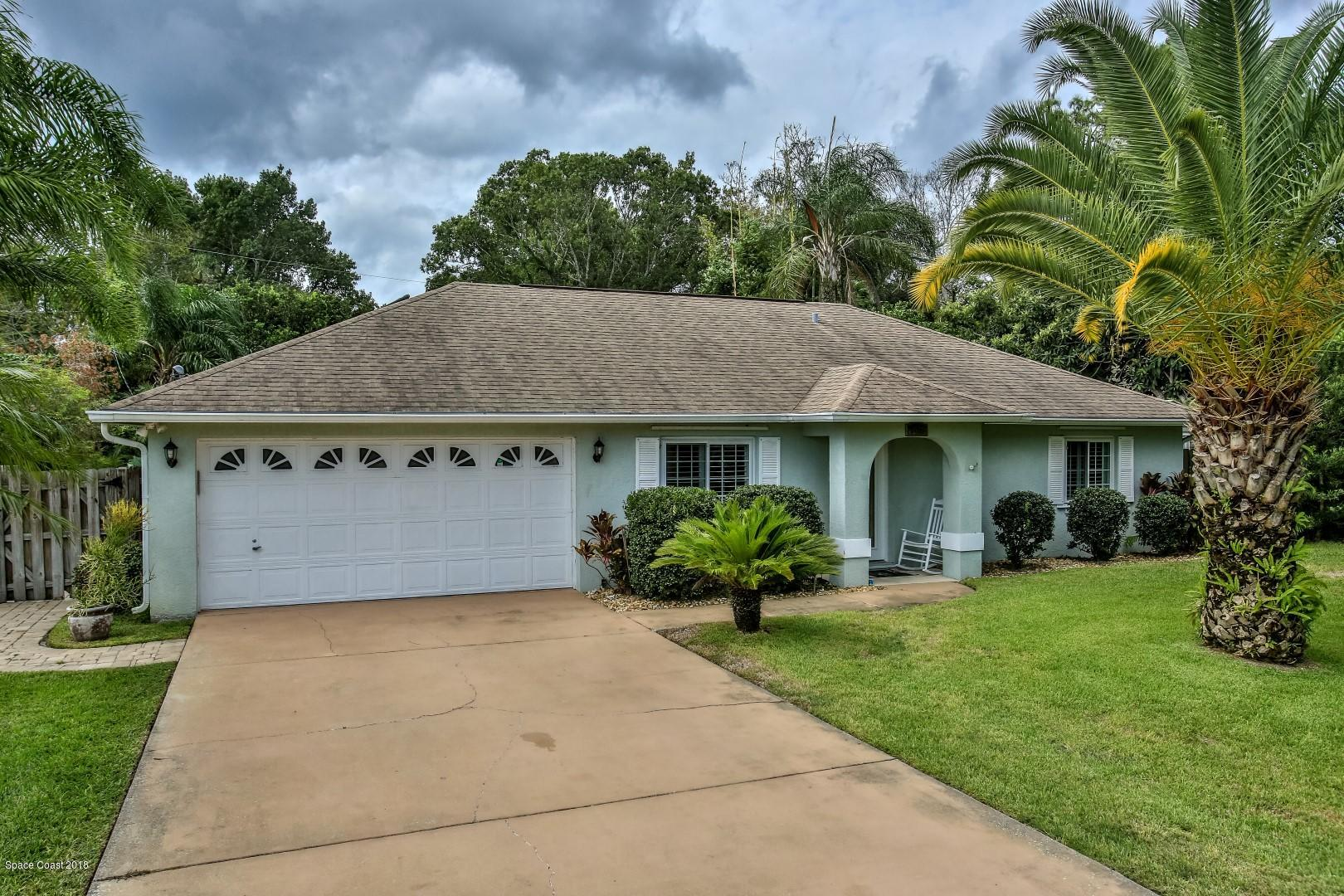 Maison unifamiliale pour l Vente à 2938 Yule Tree 2938 Yule Tree Edgewater, Floride 32141 États-Unis