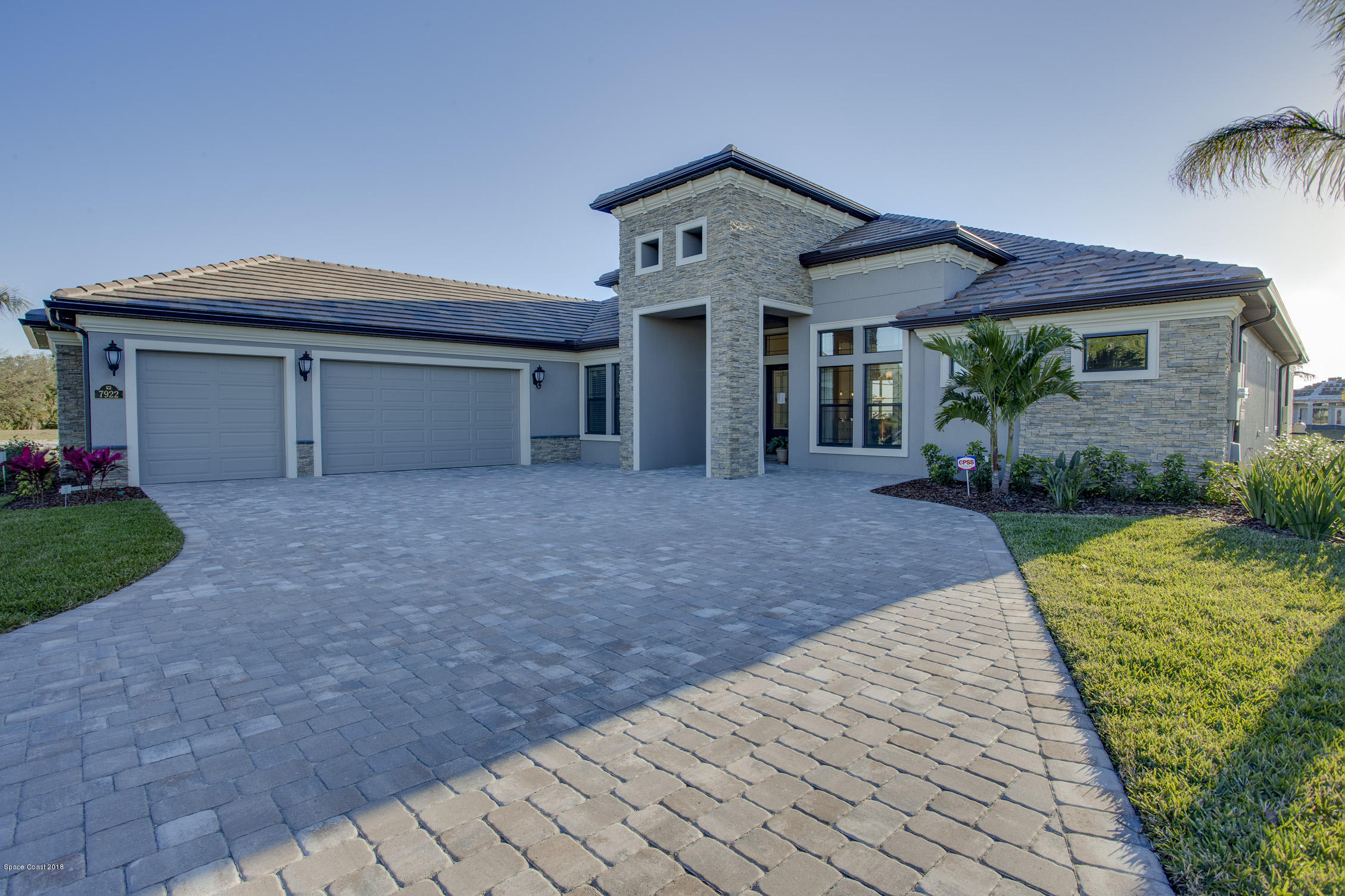 Single Family Home for Sale at 7922 Barrosa 7922 Barrosa Melbourne, Florida 32940 United States