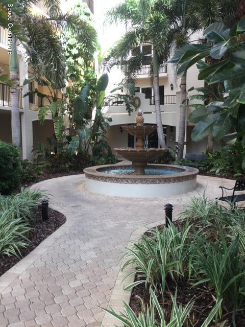 Nhà ở một gia đình vì Thuê tại 425 Pierce 425 Pierce Cape Canaveral, Florida 32920 Hoa Kỳ