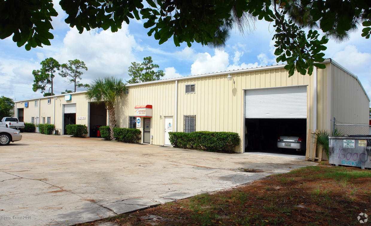 Commercial for Sale at 6951 Vickie Circle West Melbourne, Florida 32904 United States