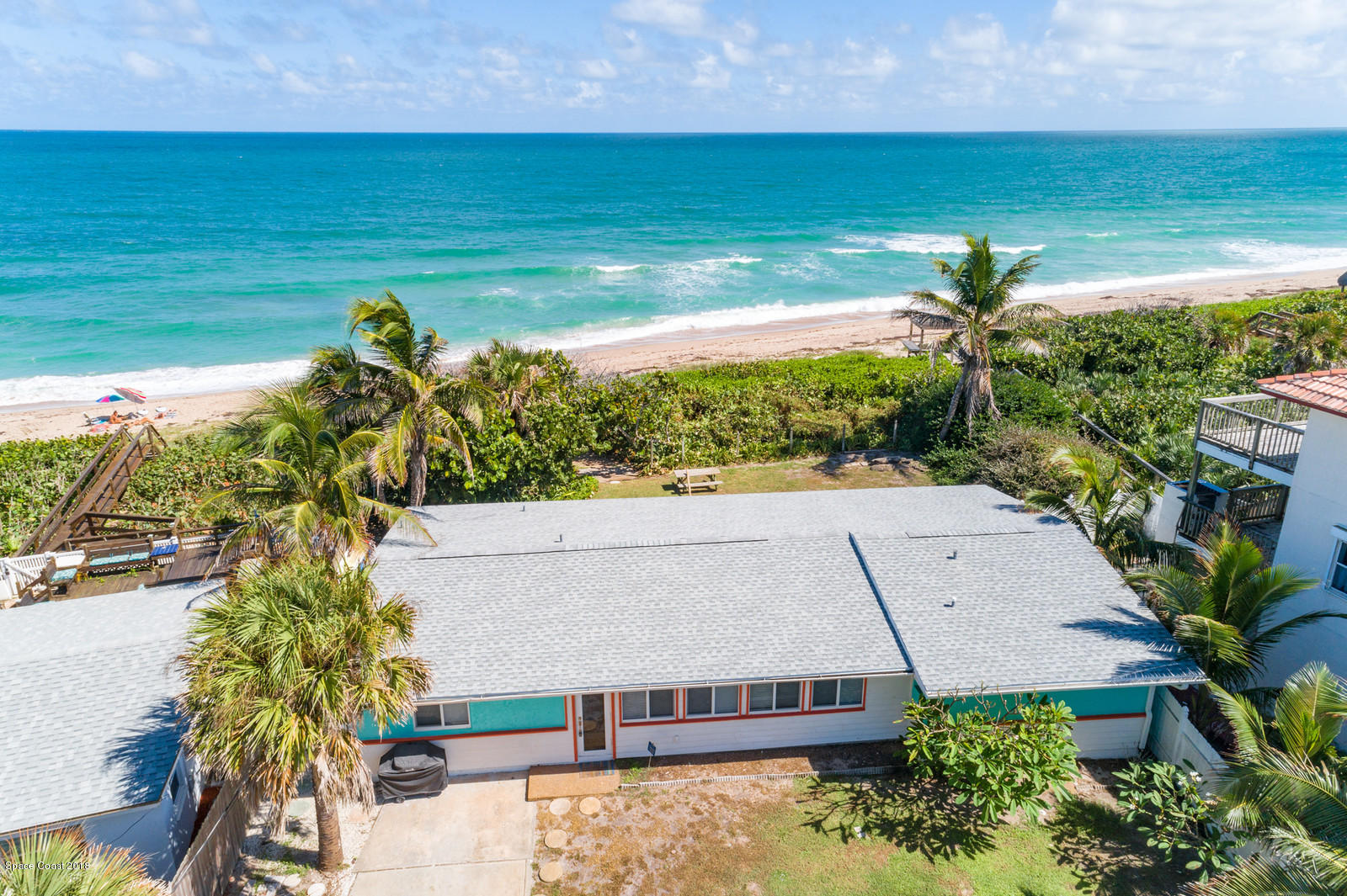 Single Family Home for Sale at 9075 S Highway A1a 9075 S Highway A1a Melbourne Beach, Florida 32951 United States
