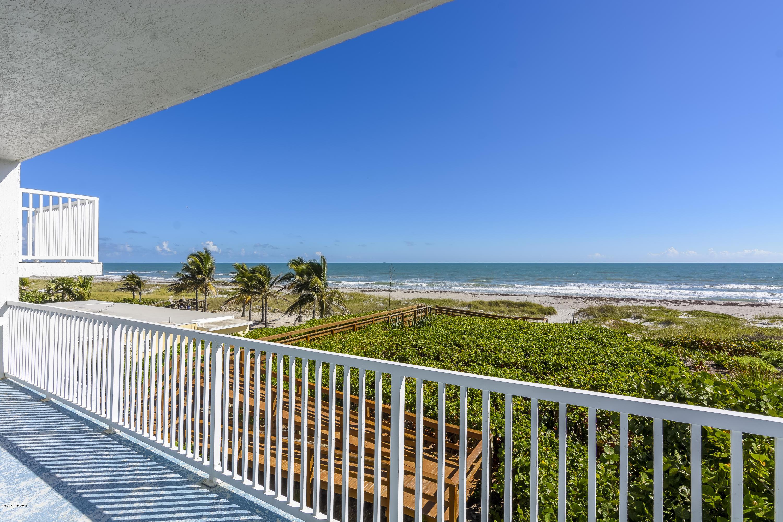 Nhà ở một gia đình vì Thuê tại 3445 S Atlantic 3445 S Atlantic Cocoa Beach, Florida 32931 Hoa Kỳ