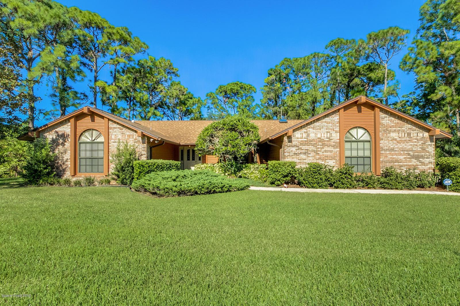 獨棟家庭住宅 為 出售 在 7924 Timberlake 7924 Timberlake West Melbourne, 佛羅里達州 32904 美國