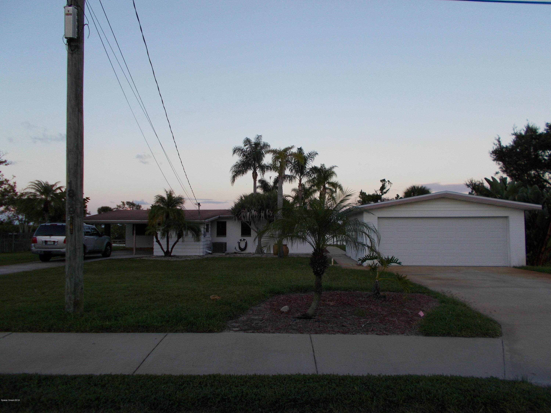 Maison unifamiliale pour l Vente à 1819 S Riverside 1819 S Riverside Edgewater, Florida 32132 États-Unis
