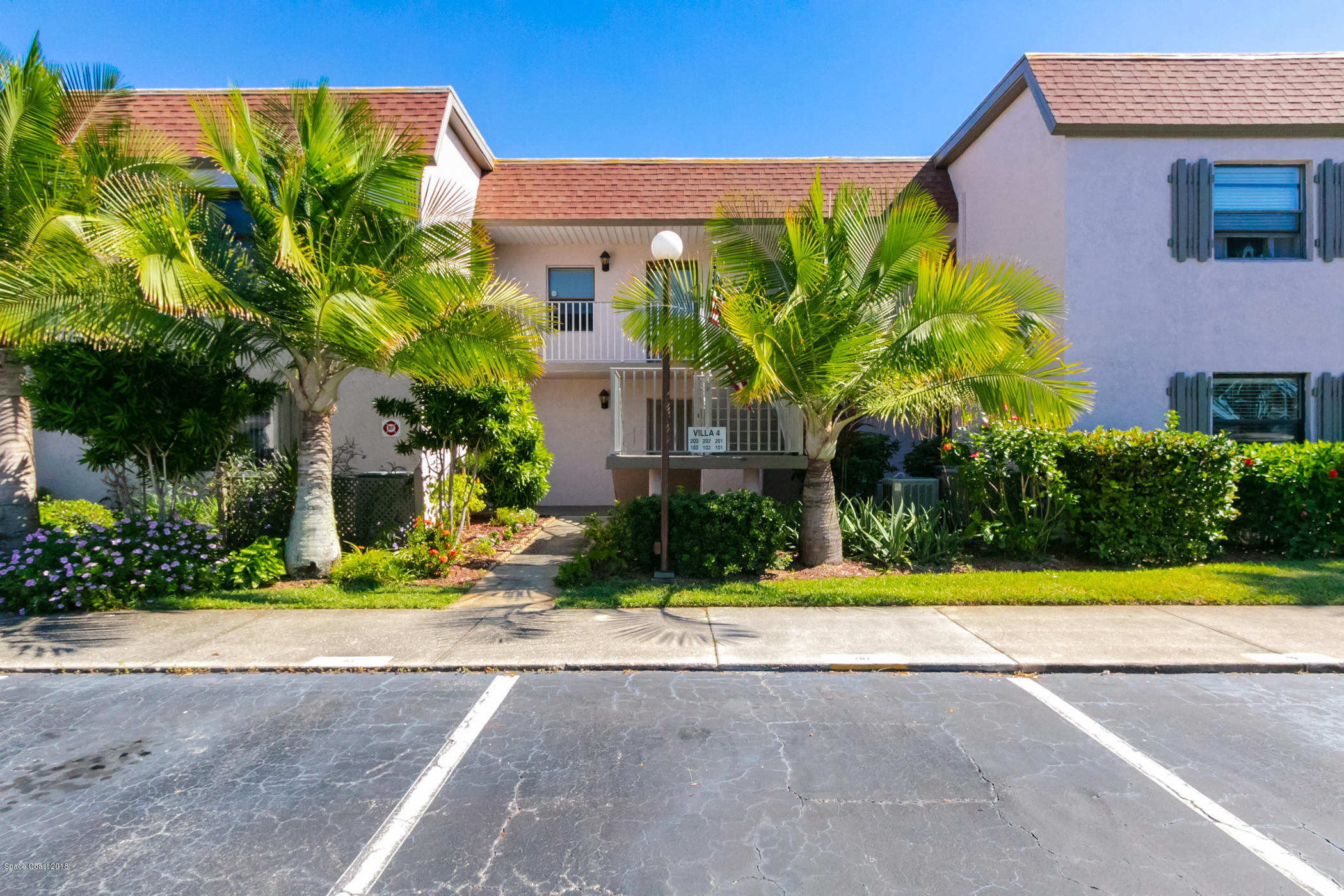Single Family Home for Sale at 2727 N Wickham 2727 N Wickham Melbourne, Florida 32935 United States