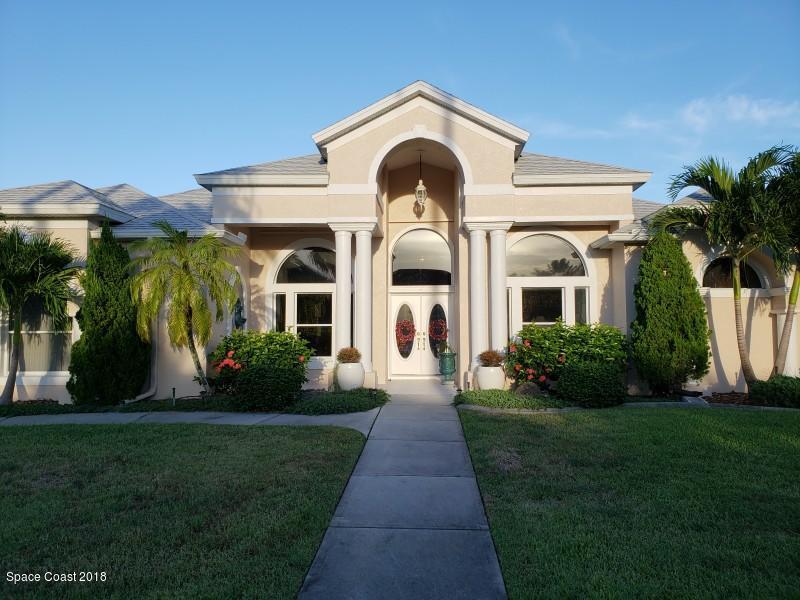 Single Family Home for Sale at 131 Cambridge 131 Cambridge Indialantic, Florida 32903 United States